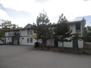 Airport Inn Lakeside Hotel  Motels  Winfield